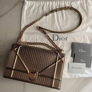Dior diorama medium micro cannage champagne color